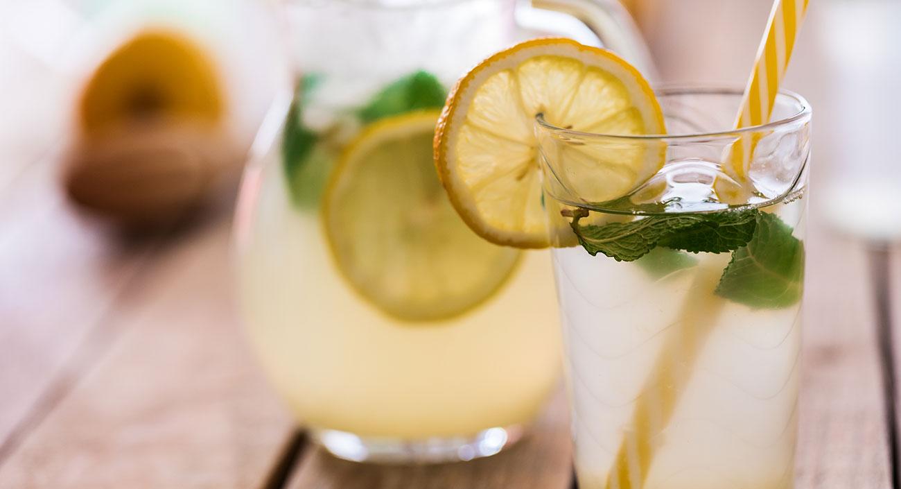 L'été, le soleil, une limonade