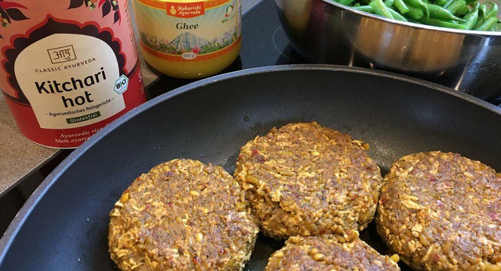 Hamburgers épicés au « Kitchari » et tofu