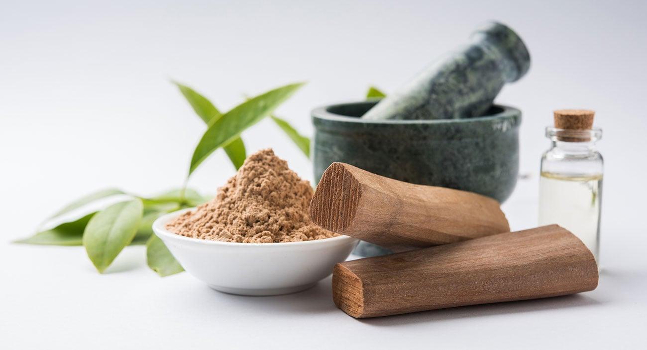 Sandelholz – das duftende Geschenk Indiens